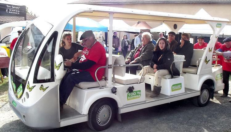 Découverte de la propriété en minibus électrique